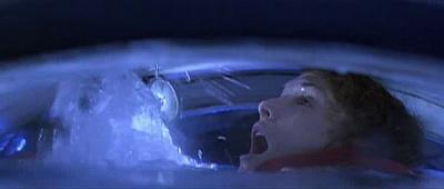 """Lindsey annega nel batiscafo di """"Abyss"""""""